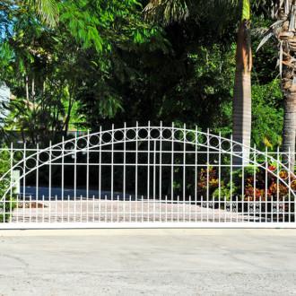 Estate Gate03
