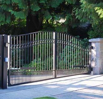 Estate Gate02