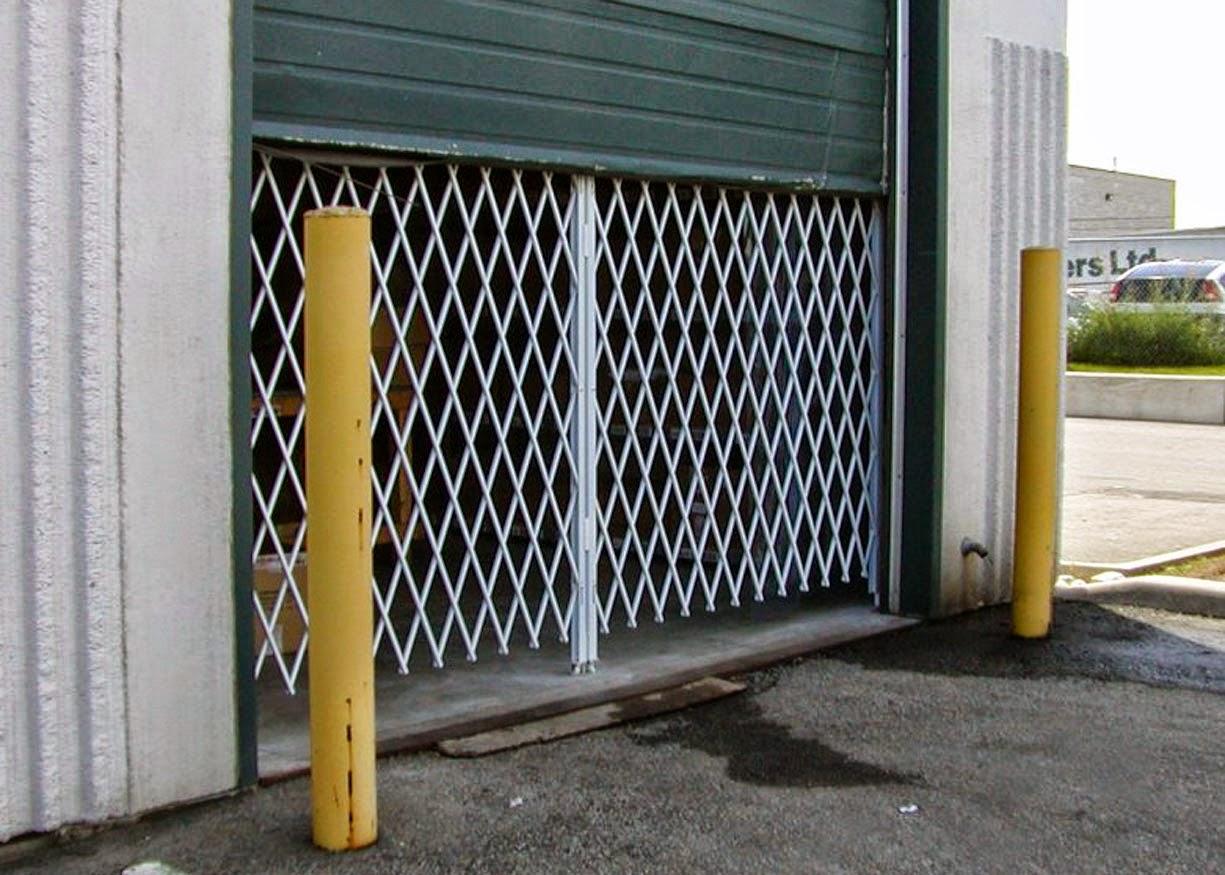 folding gate installation